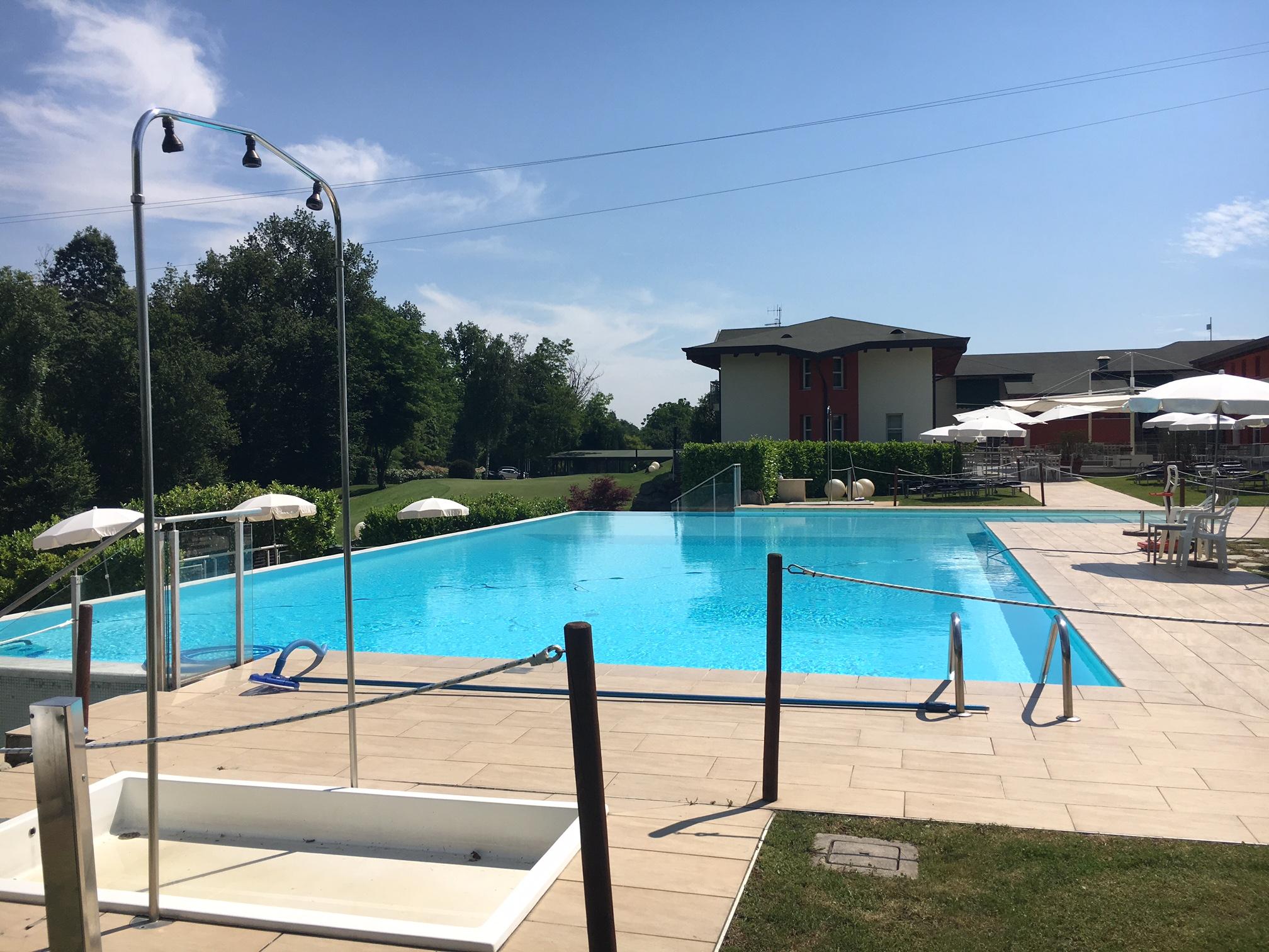 La piscina canavese golf country club - San giovanni in persiceto piscina ...